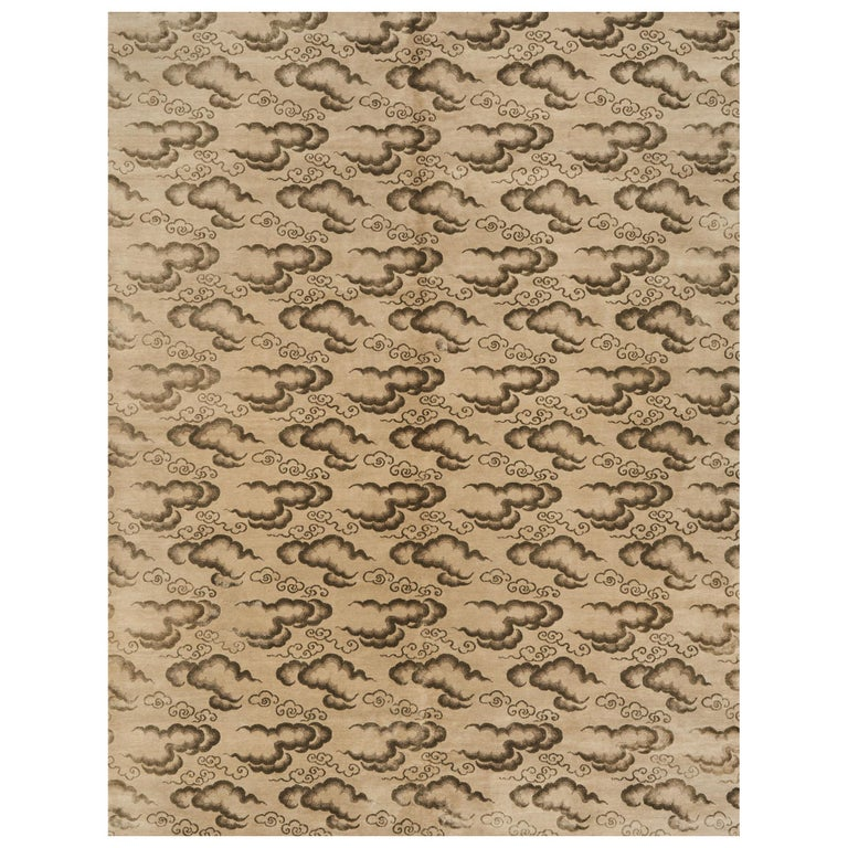Schumacher Clouds Area Rug in Hand Knotted Wool Silk, Patterson Flynn Martin For Sale