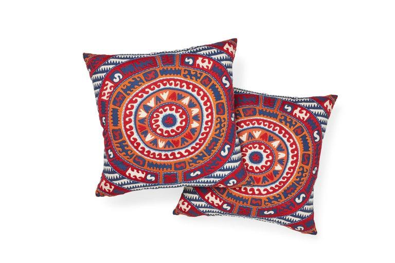 Indian Schumacher Corfu Navy Multi Linen Cotton Pillow For Sale
