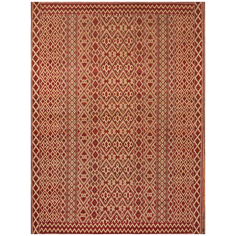 Schumacher Donia Area Rug in Hand-Knotted Wool Silk, Patterson Flynn Martin For Sale