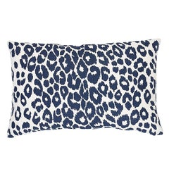 "Schumacher Iconic Leopard 20"" x 14"" Lumbar Pillow Two-Sided Pillow in Graphite"