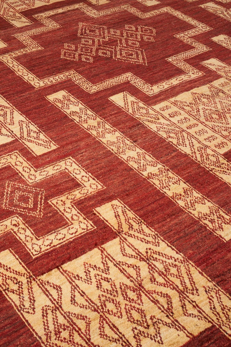 Tribal Schumacher Kamila Area Rug in Hand Knotted Wool Silk, Patterson Flynn Martin For Sale