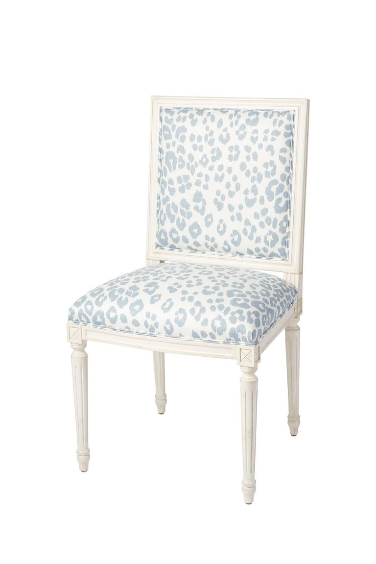 Schumacher Marie Therese Iconic Leopard Blue Hand-Carved Beechwood Side Chair  For Sale 6
