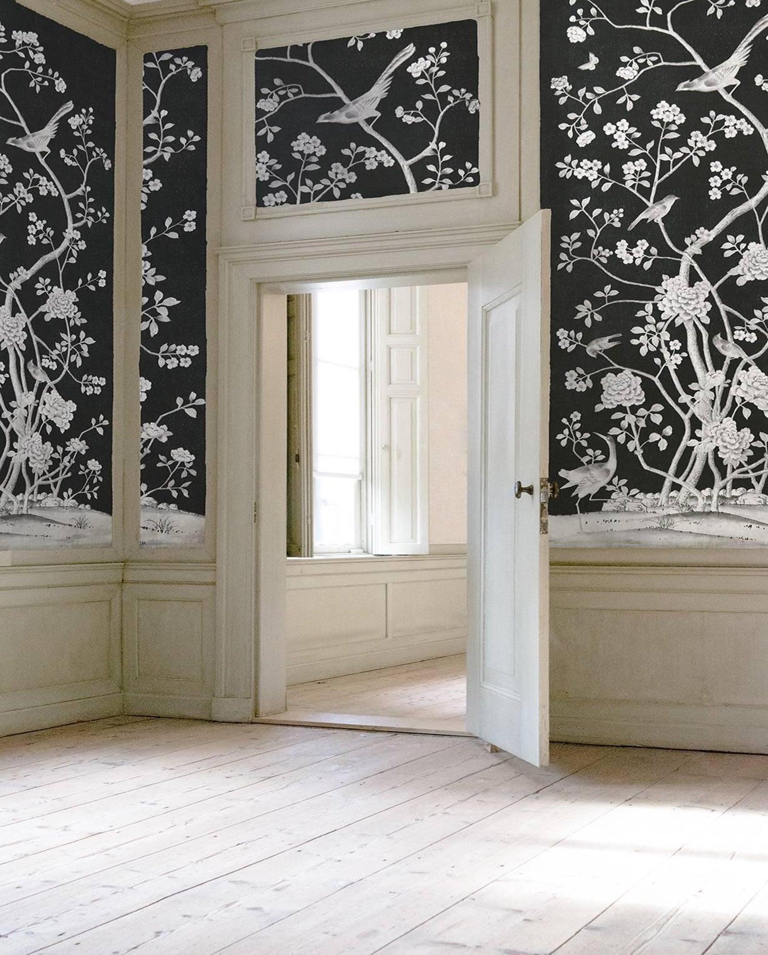 Schumacher Mary Mcdonald Chinois Palais Floral Lavender Wallpaper Panel