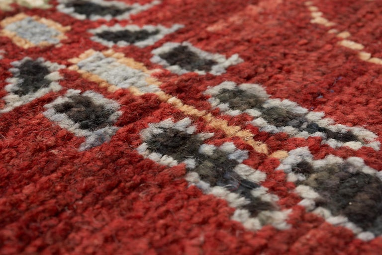 Schumacher Meetra Area Rug in Hand Knotted Wool Silk, Patterson Flynn Martin In New Condition For Sale In New York, NY