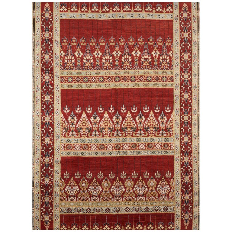Schumacher Meetra Area Rug in Hand Knotted Wool Silk, Patterson Flynn Martin For Sale