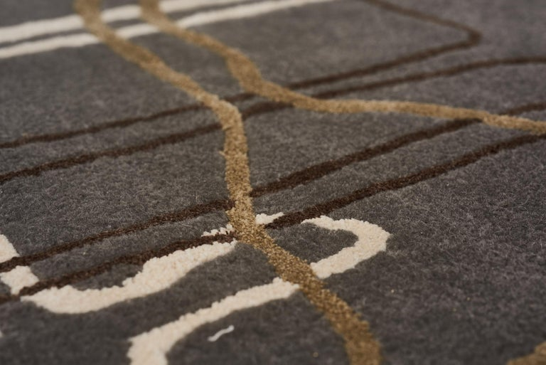 Hand-Crafted Schumacher Movement Abstract Area Rug in Wool Silk, Patterson Flynn Martin For Sale