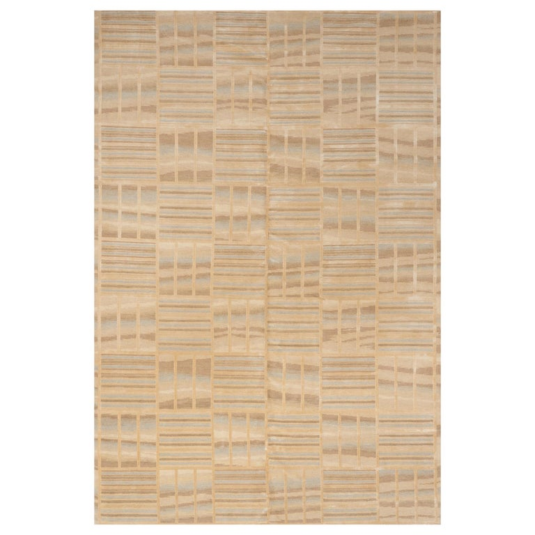 Schumacher Oceania Area Rug in Hand Knotted Wool Silk, Patterson Flynn Martin For Sale