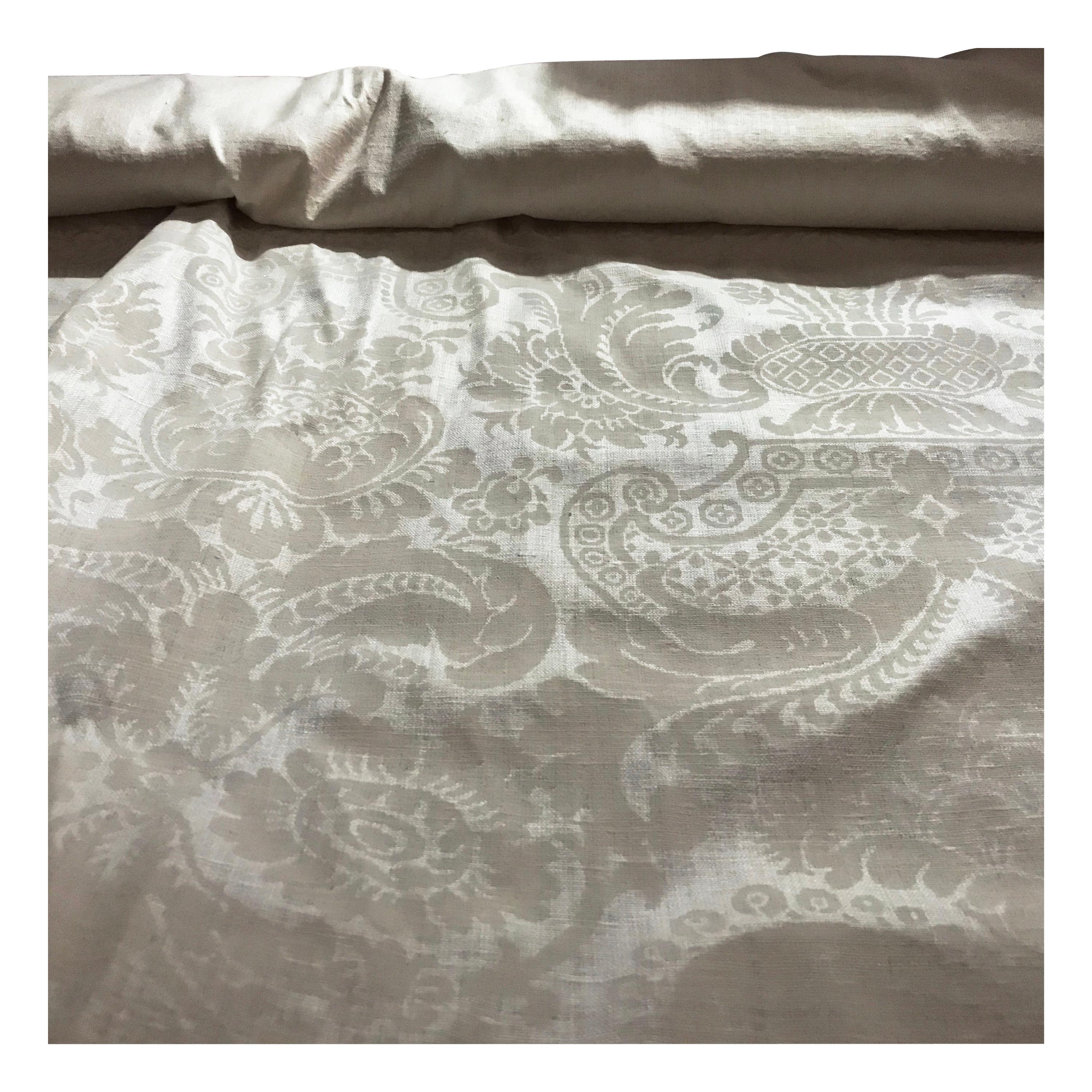 New Traditional Large Damask Pattern Ivory Upholstery Furniture Fabric