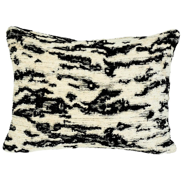 Schumacher Serengeti Tigre Blanc Two-Sided Chenille Lumbar Pillow For Sale