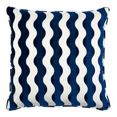 "Schumacher The Wave 22"" Pillow in Navy"