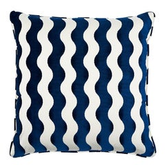 "Schumacher The Wave 24"" Pillow in Navy"