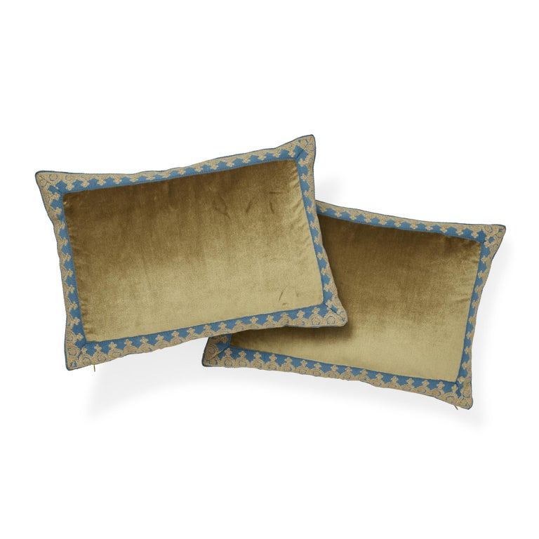 Italian Schumacher Venetian Silk Velvet Hazel Lumbar Pillow For Sale