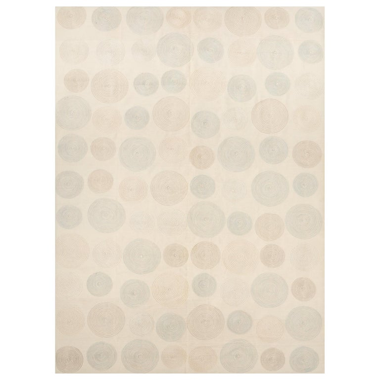 Schumacher Whirlpool Area Rug in Handwoven Wool, Patterson Flynn Martin For Sale