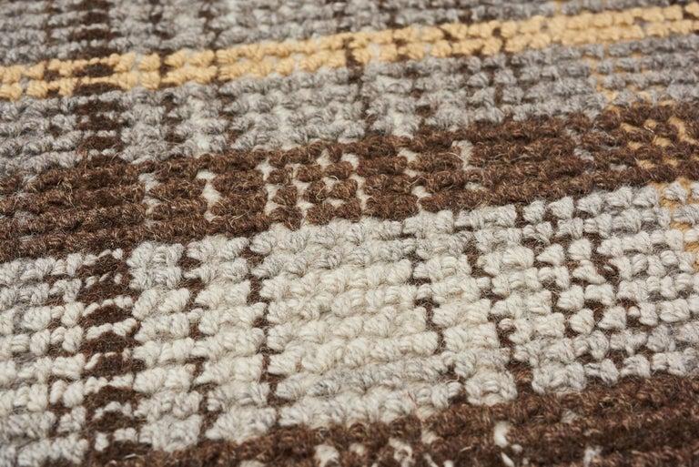 Modern Schumacher Wilson Area Rug in Hand-Tufted Wool, Patterson Flynn Martin For Sale