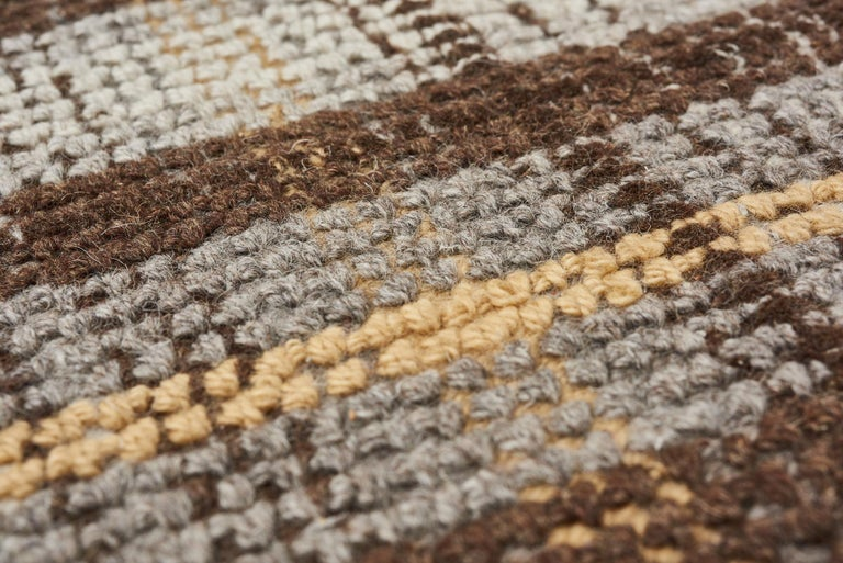 Hand-Crafted Schumacher Wilson Area Rug in Hand-Tufted Wool, Patterson Flynn Martin For Sale