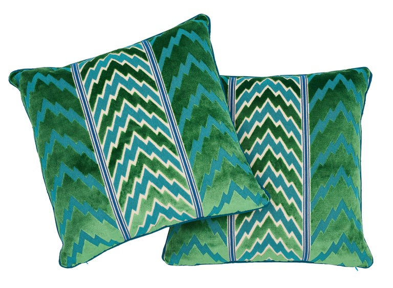 Modern Schumacher X Timothy Corrigan Florentine Velvet Emerald Two-Sided Pillow For Sale