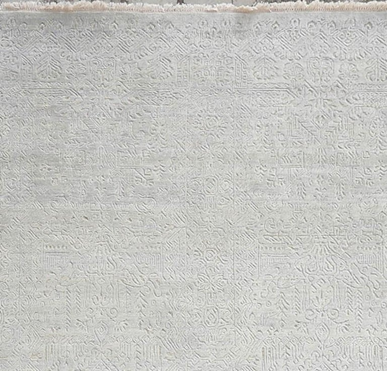 Modern Schumacher Yuki Area Rug in Hand-Knotted Wool by Patterson Flynn Martin For Sale