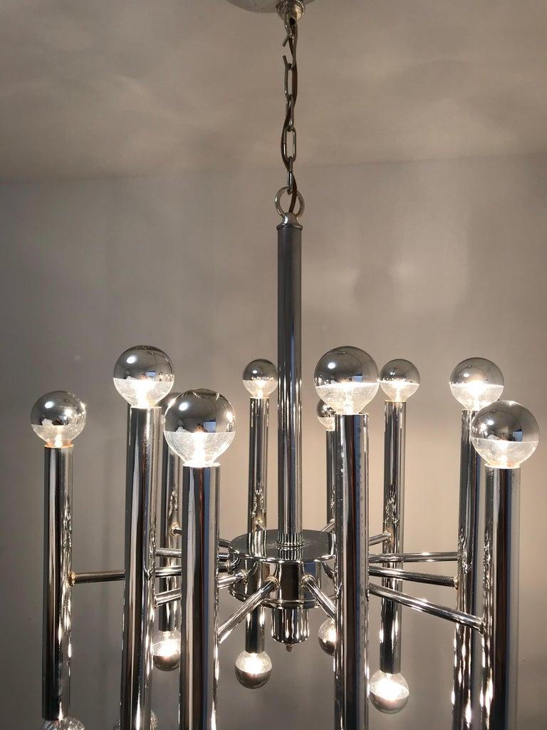 Sciolari Chrome 24-Light Chandelier In Excellent Condition For Sale In Miami, FL
