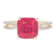 Scott Kay Synthetic Ruby and Diamond Ring, 14 Karat Yellow Gold 4.47 Carat