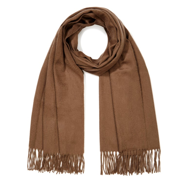 Scottish 100% Cashmere Shawl in Soft Brown - Brand New  In New Condition For Sale In London, GB