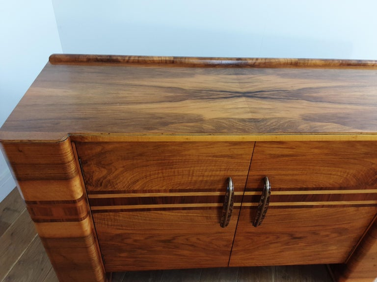 Scottish Art Deco Sideboard in a Golden Brown Walnut with a Modernist Design For Sale 2
