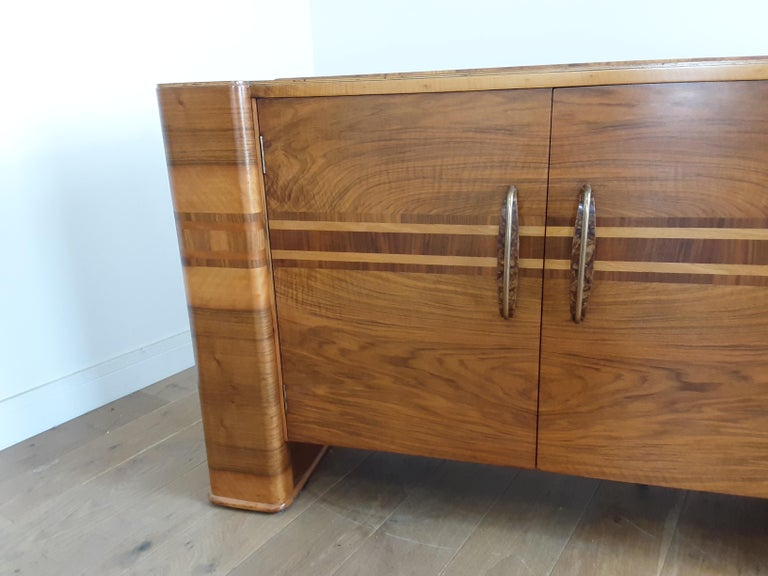 Scottish Art Deco Sideboard in a Golden Brown Walnut with a Modernist Design For Sale 3