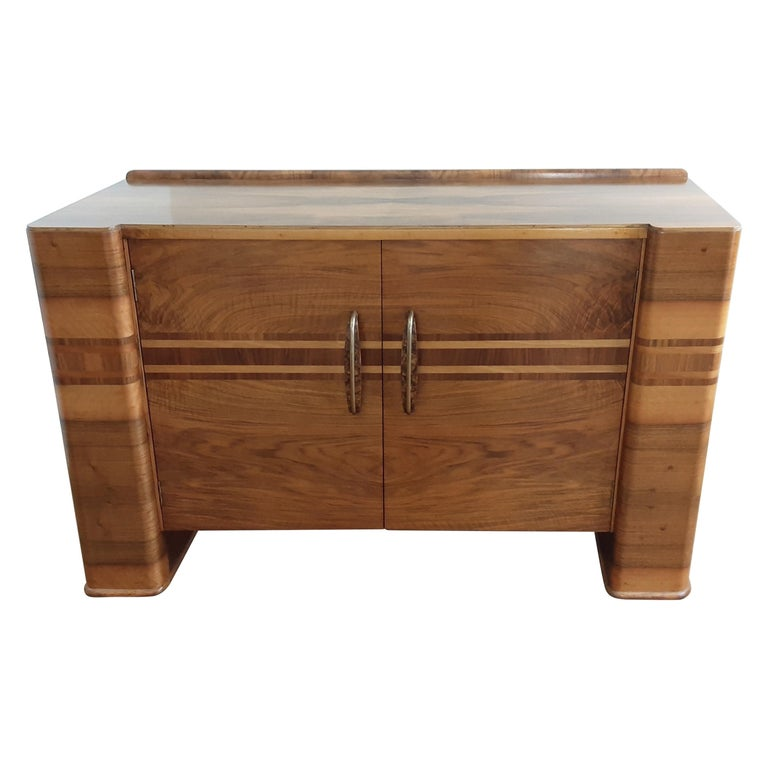 Scottish Art Deco Sideboard in a Golden Brown Walnut with a Modernist Design For Sale