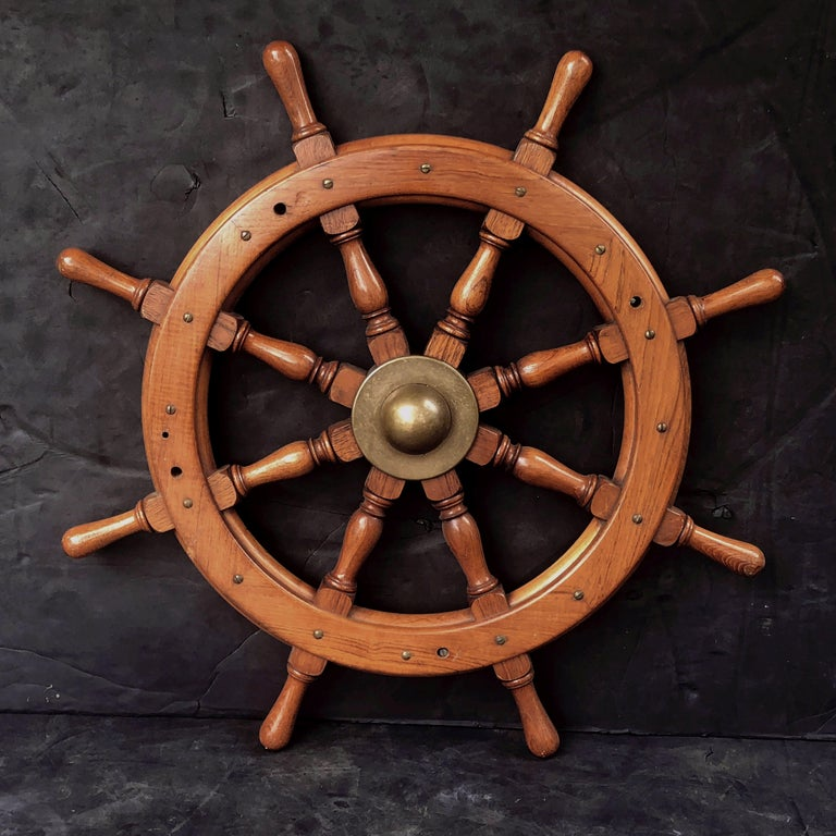 Scottish Eight-Spoke Ship's Wheel of Mahogany and Brass For Sale 9