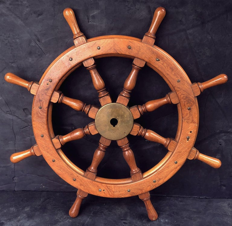 Scottish Eight-Spoke Ship's Wheel of Mahogany and Brass For Sale 10