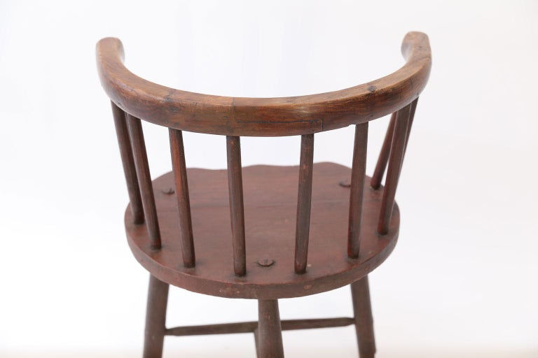 Scottish Horseshoe Back Chair In Good Condition For Sale In Houston, TX