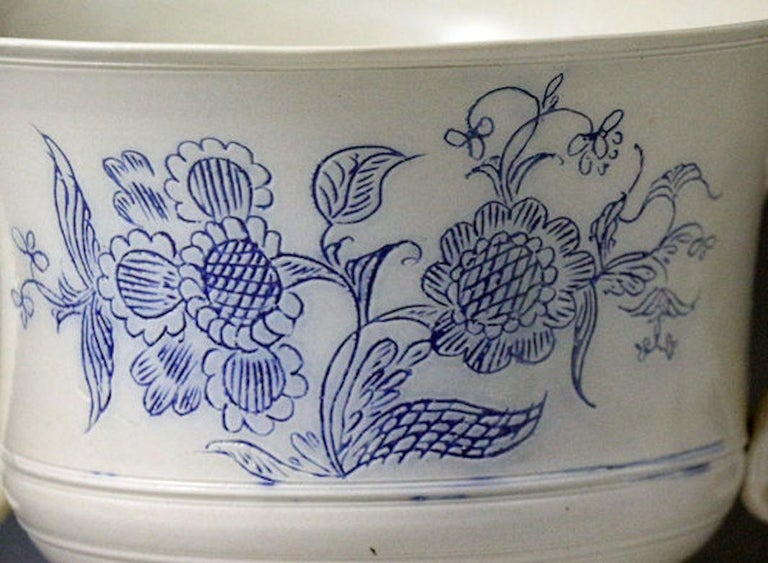 English Scratch Blue Saltglaze Loving Cup Made in Staffordshire Mid-18th Century Period For Sale