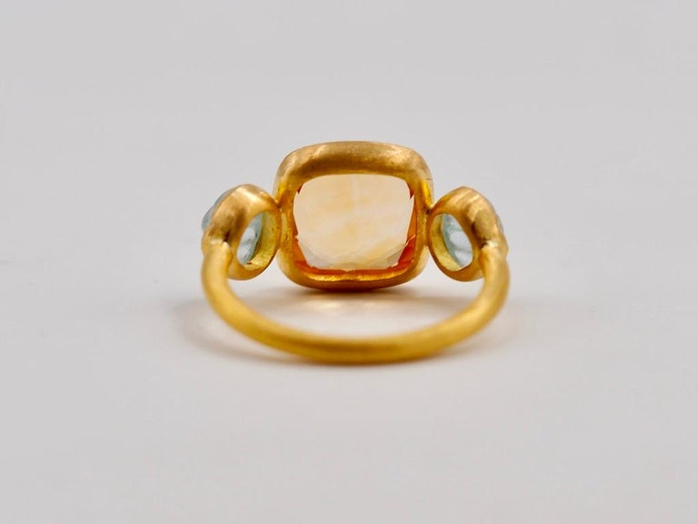 Scrives 4.53 Carat Citrine Aquamarine Shell 22 Karat Gold Ring For Sale 4