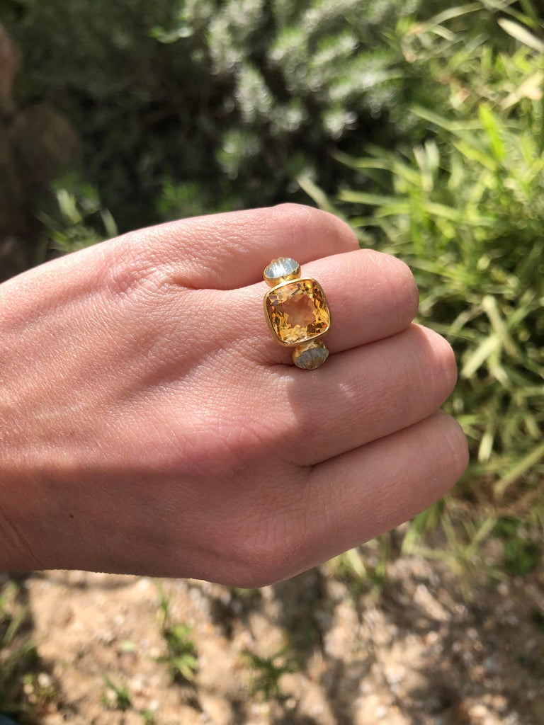 Cushion Cut Scrives 4.53 Carat Citrine Aquamarine Shell 22 Karat Gold Ring For Sale