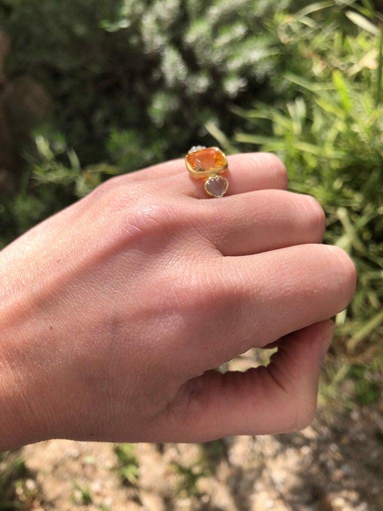 Women's Scrives 4.53 Carat Citrine Aquamarine Shell 22 Karat Gold Ring For Sale