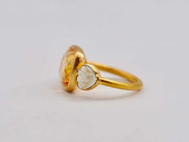Scrives 4.53 Carat Citrine Aquamarine Shell 22 Karat Gold Ring For Sale 3