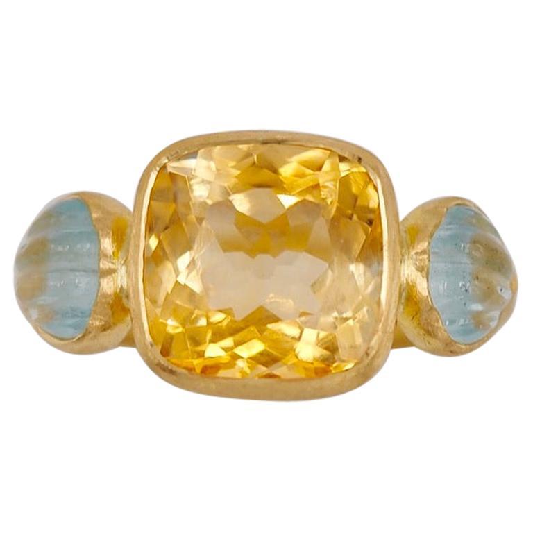 Scrives 4.53 Carat Citrine Aquamarine Shell 22 Karat Gold Ring For Sale