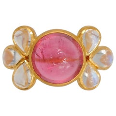 Scrives 5.56 Carat Pink Tourmaline Moonstone Cabochon 22 Karat Gold Ring