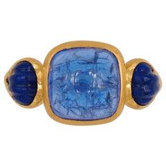 Scrives 6.49 Carat Tanzanite Cabochon Lapis Shell 22 Karat Gold Ring
