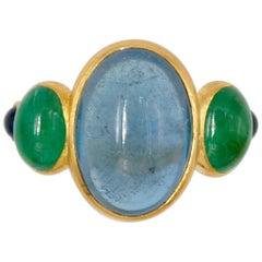 Scrives 7.88 Carat Aquamarine 2.66 Carat Emerald Cabochons 22 Karat Gold Ring