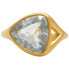 Scrives Aquamarine 22 Karat Gold Cocktail Ring