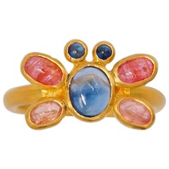 Scrives Butterfly Multicolour Sapphire Cabochon 22 Karat Gold Ring