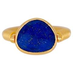 Scrives Lapis Lazuli Swivel 22 Karat Gold Ring