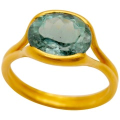 Scrives Light Blue Green Tourmaline 22 Karat Gold Ring