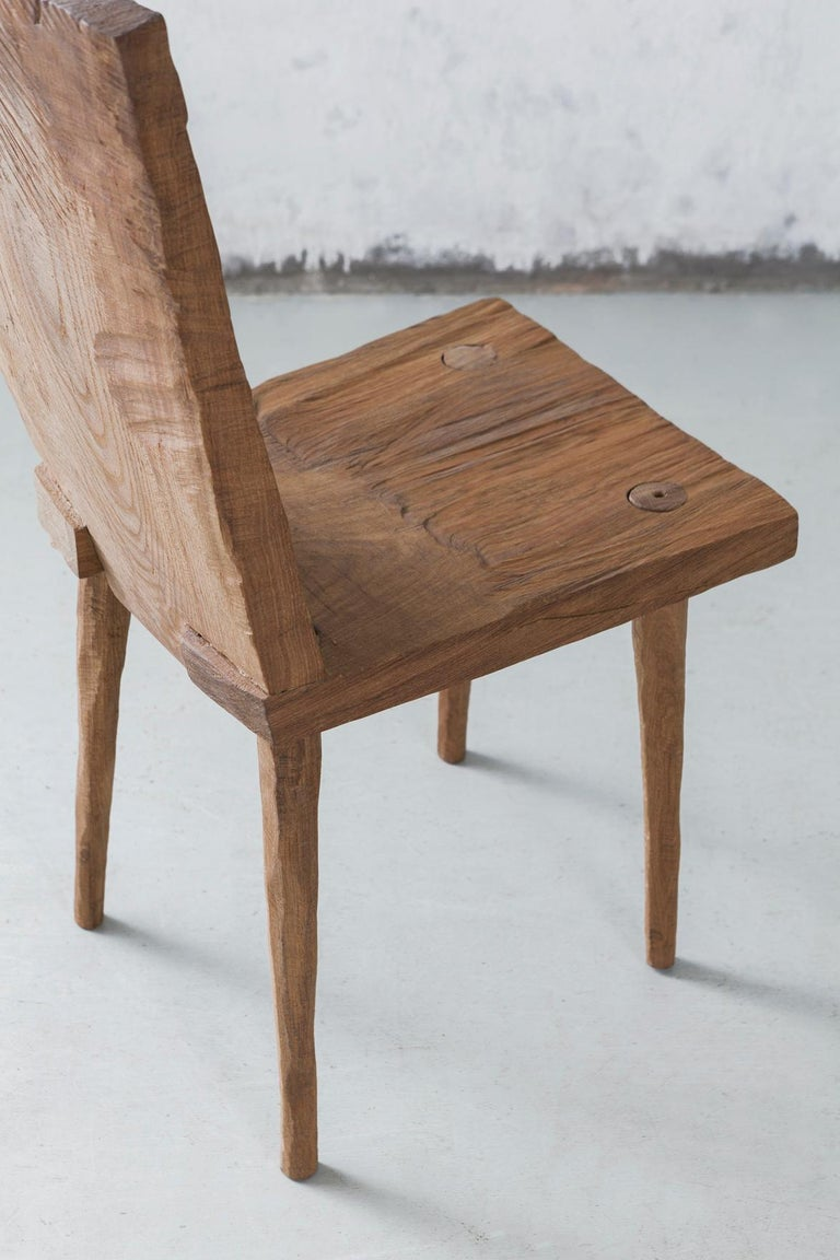 Sculpted Chair N2 in Solid Oak Wood In New Condition For Sale In Paris, FR