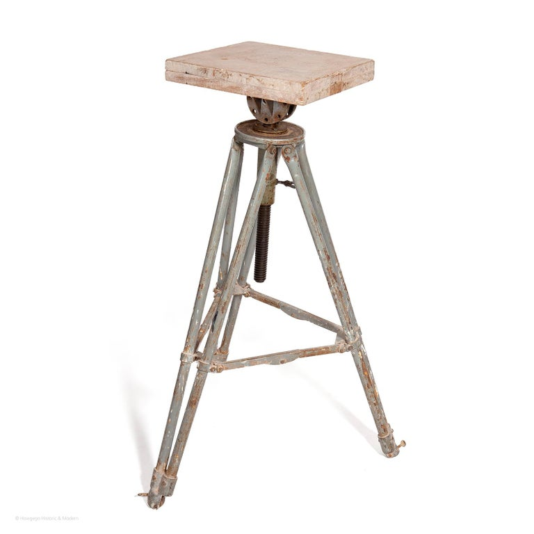 - This sculptor's modelling stand is usable and in working order - It also creates an atmospheric aesthetic as a display stand for sculpture, object or lamp.  - It has been used for decades and accumulated different materials and colours giving it