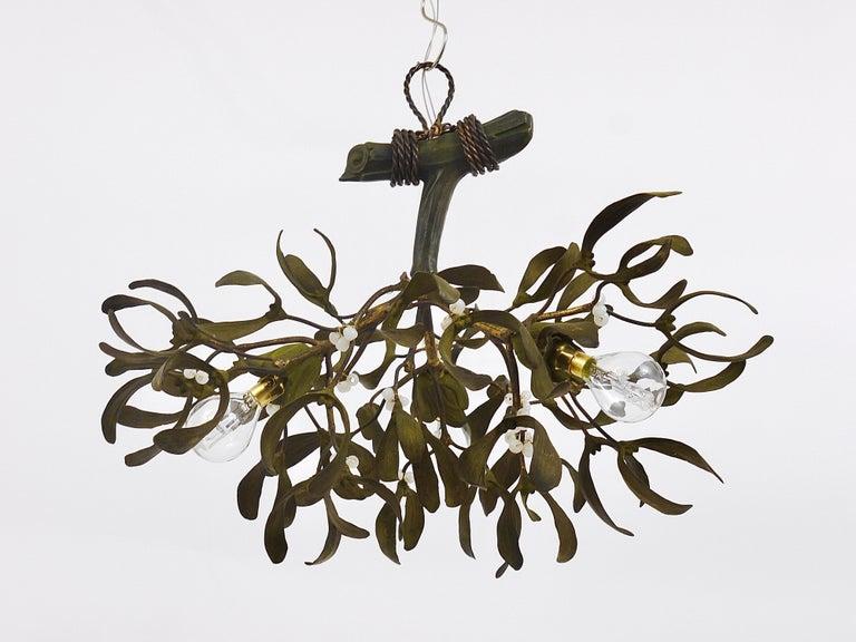 Sculptural Art Nouveau Mistletoe Bronze Chandelier, France, 1920s For Sale 6
