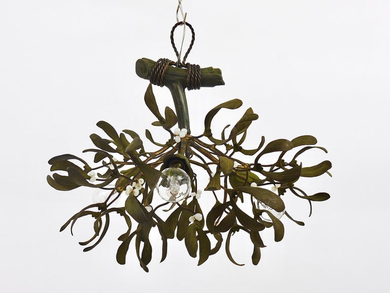 Sculptural Art Nouveau Mistletoe Bronze Chandelier, France, 1920s For Sale 9