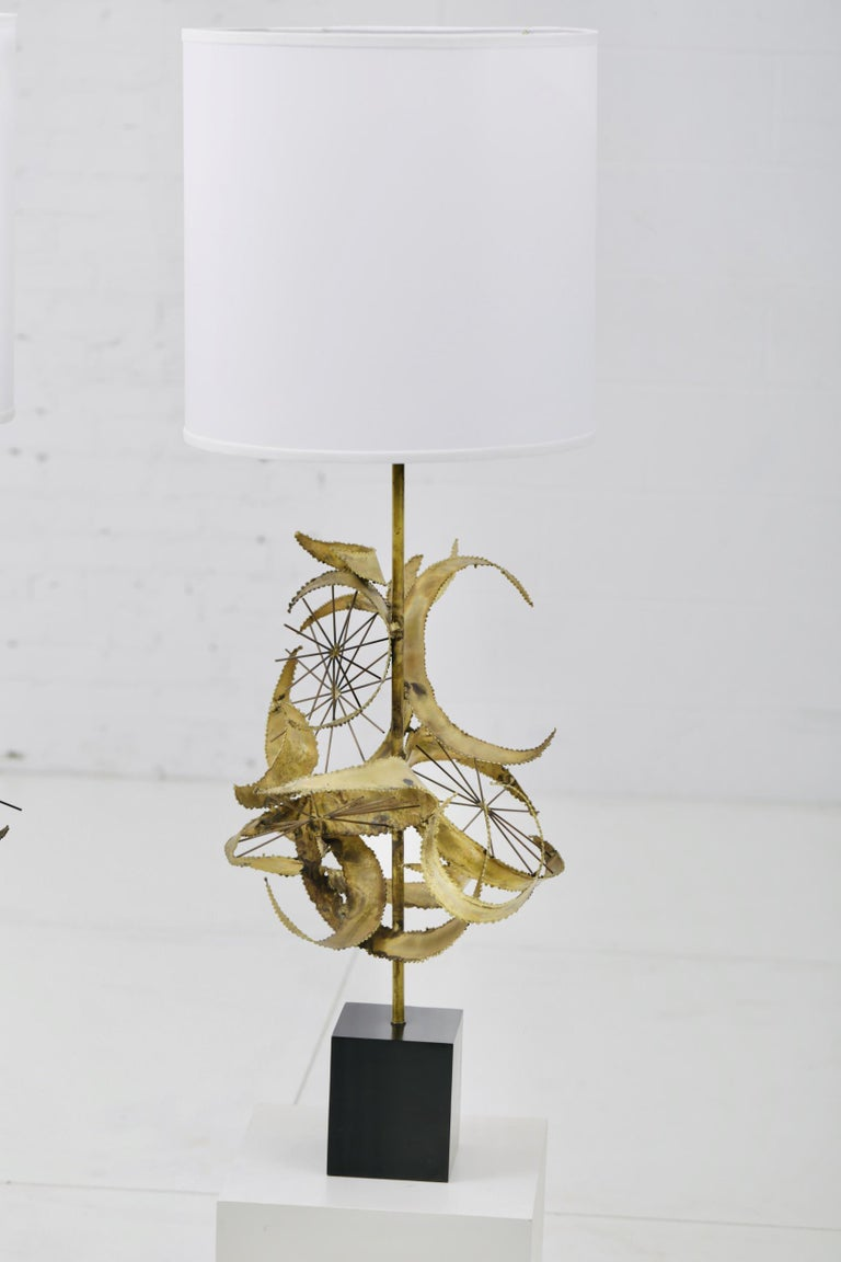 Sculptural Brass Table Lamps by Laurel For Sale 4