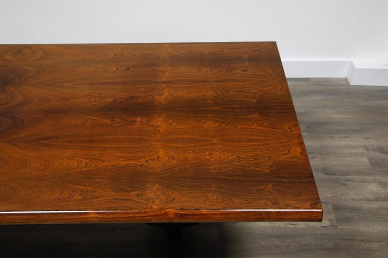 Sculptural Brazilian Rosewood Dining Table by Novo Rumo, Brazil, 1960s  For Sale 6