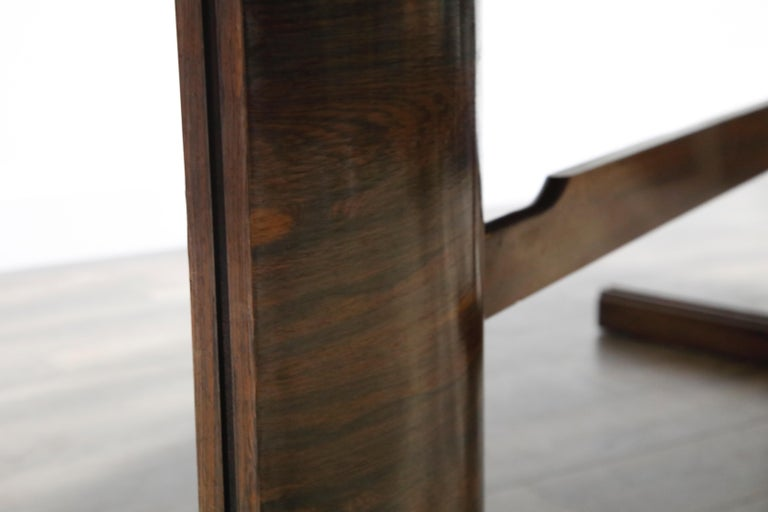 Sculptural Brazilian Rosewood Dining Table by Novo Rumo, Brazil, 1960s  For Sale 9